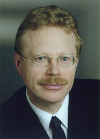 Prof. Robert Weigel (Bild: FAU)