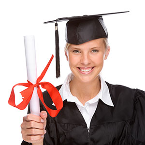 Studierende mit Diplom (Bild: Panthermedia)