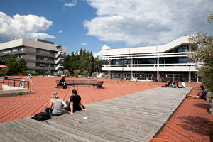 "The ""Rote Platz"" at the southern campus of FAU (Image: FAU/Erich Malter)"