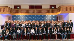 Die 403 Deutschlandstipendiaten der FAU kamen gestern zur Stipendienfeier in den Redoutensaal. (Bild: Erich Malter)