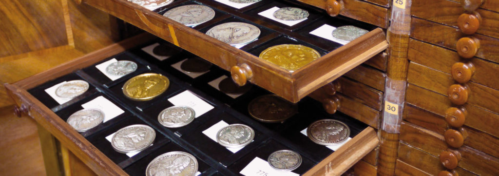 August Voit von Salzburg coin collection in the historic coin cabinet (image: Isi Kunath)