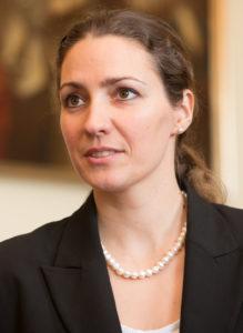 Prof. Dr. Nadine Gatzert wird neue Vizepräsidentin für Forschung. (Bild: FAU/Erich Malter)