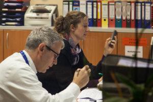 Rund 20 Mitarbeiterinnen und Mitarbeiter hat das Team der Palliativmedizin. (Bild: Georg Pöhlein)