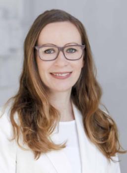 Manuela Lang