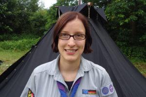 Simone Steger studiert an der FAU und findet nebenbei noch Zeit, sich bei den Pfadfindern um jüngere Sipplinge zu kümmern. (Bild: Moritz Loske)
