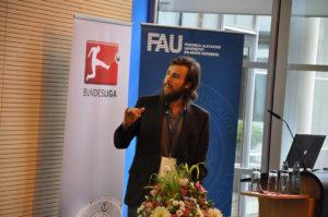 """Mit seinem Konzept """"FUNino Dribbeln"""" holte Sportmediziner Dino Poimann den 3. Platz bei den """"FUNiñovation Awards"""". (Bild: Sportfoto Zink)"""