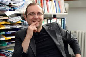 Dr. Sven Grampp ist Akademischer Rat Institut für Theater- und Medienwissenschaft. (Bild: Harald Sippel)