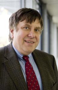 Prof. Dr. Wolfgang Arlt, Inhalber des Lehrstuhls für Thermische Verfahrenstechnik (TVT). Bild: FAU/David Hartfiel