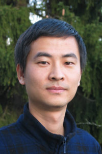 Forscher-Alumni-Interview mit Dr. Liang Zhang (Bild: Andreas Bayer)