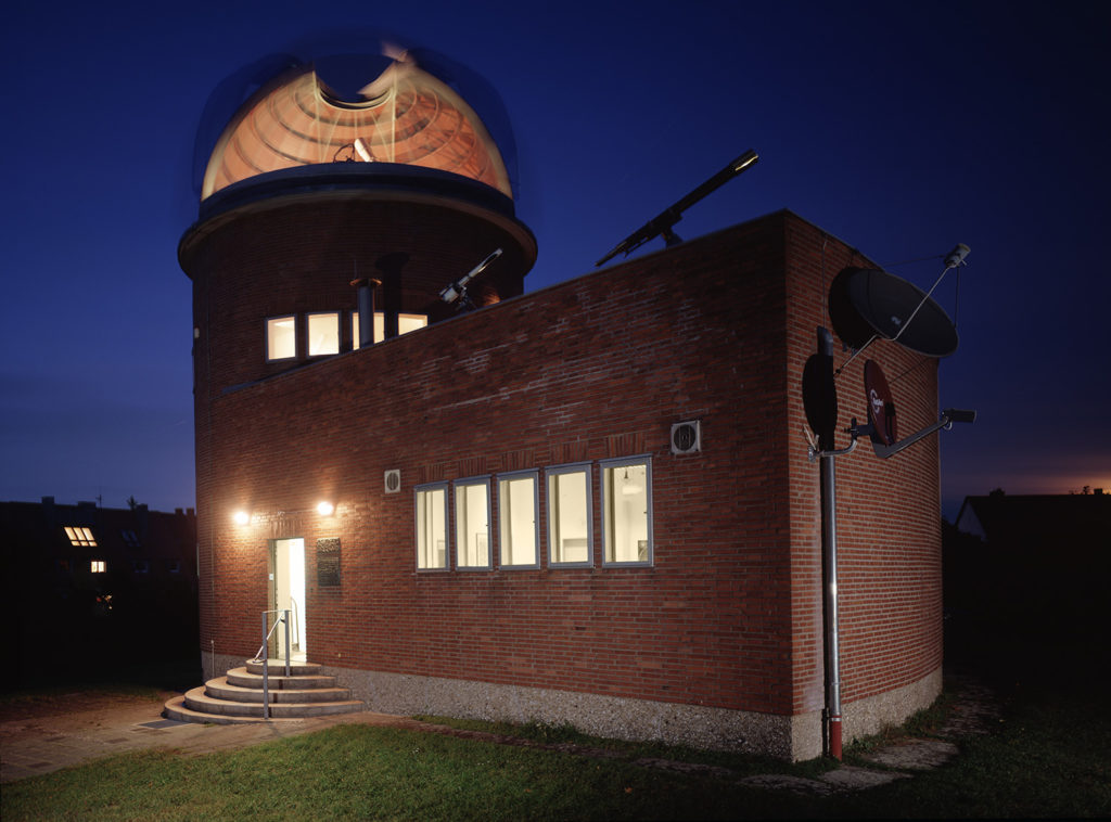 Nuremberg observatory at night