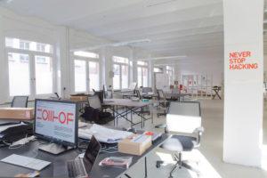 Die Arbeitsflächen können günstig angemietet und flexibel gekündigt werden. (Bild: Zollhof Betreiber GmbH)