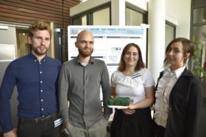 FAU students Milos Wieczorek, Johannes Hajer, Rabab Saleh and Tamara Todorovic presented their stimulator for diabetic patients.(Picture: FAU/Christina Dworak)