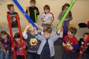 Die Musikalische Grundschule macht Musik zu einem festen Bestandteil des schulischen Alltags. (Bild: Musikalische Grundschule)