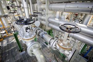 Leitungen, Pumpen und Ventile