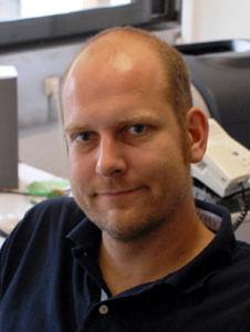 "PD Dr. Hubertus Marbach, Leiter der Arbeitsgruppe ""Microscopy and Nanolithography"" am Lehrstuhl für Physikalische Chemie II der FAU (Bild: Hubertus Marbach)"