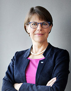 Dr. Christiane Decker