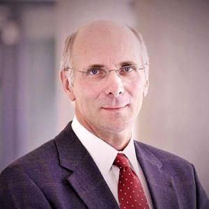 Portraitbild von Prof. Dr. Fritz Dross