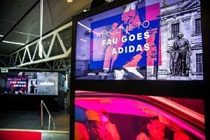 Am 19. Juni 2018 hatten 275 Studierende der FAU die Möglichkeit, in der adidas World of Sports das Jubiläum 275 Jahre FAU und die langjährige Partnerschaft mit adidas zu feiern. (Bild: adidas AG)