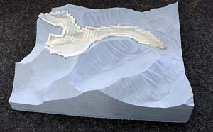 Die Eisfläche lässt sich aus dem Modell herausnehmen. Für seine Forschung hat der FAU-Geograph unterschiedliche Messungen von Gletscherdicken zusammengetragen und ein Modell entwickelt, mit dem sich regionale Eisdickenkarten erstellen lassen.