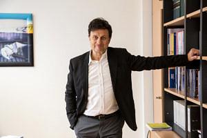 Prof. Dr. Stefan Fröhlich, Professur für Internationale Beziehungen und Politische Ökonomie.