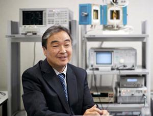 Portrait Prof. Dr. Ken-ichi Kakimoto