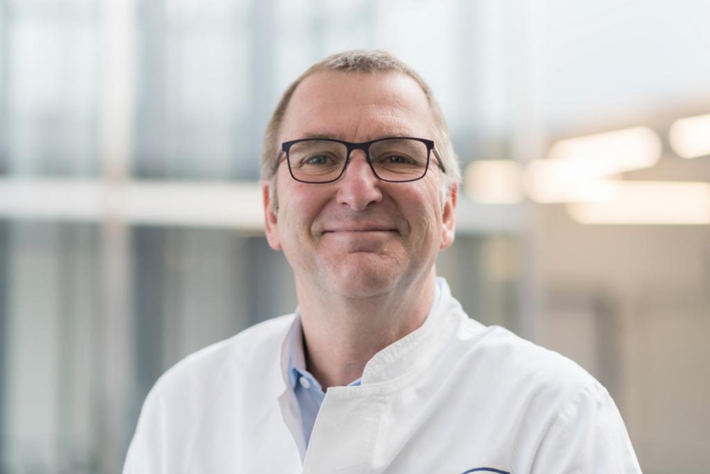 Prof. Dr. Andreas Mackensen