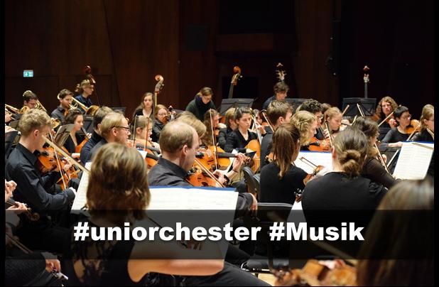 Orchester beim Konzert
